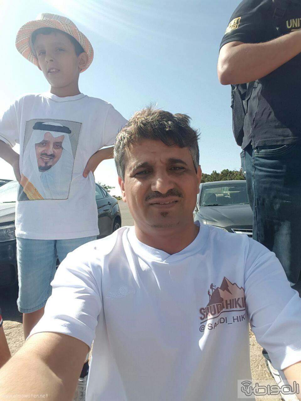 رفع علم السعودية في اعلى قمةعن طريق فريق هايكنج السعودية (15)
