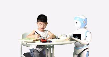 روبوت تربية الأطفال (2)