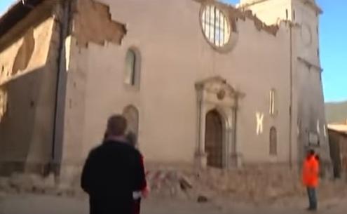 زلزال ايطاليا 7