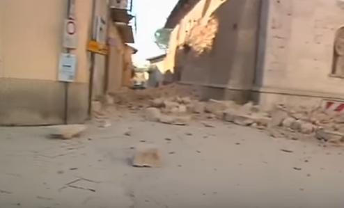 زلزال ايطاليا 8