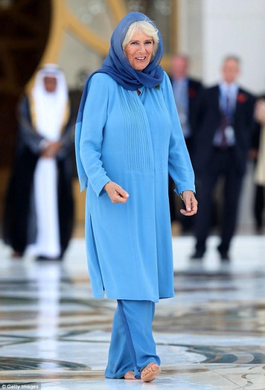 زوجة الامير تشارلز بالحجاب (3)