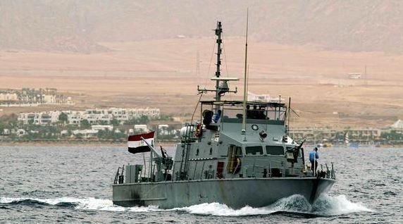 زورق-بحري-مصري