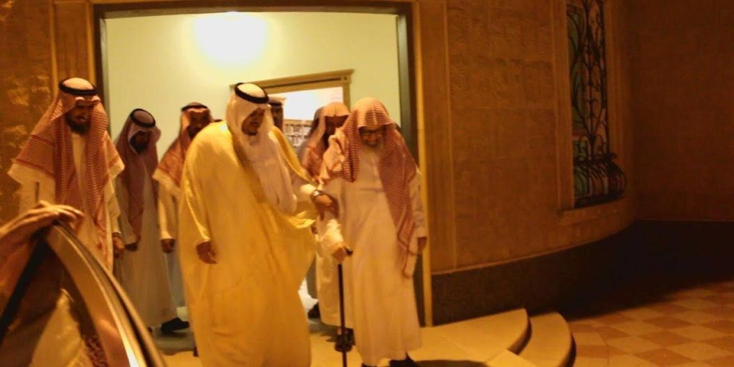 بالصور.. نائب أمير الرياض يزور الشيخ الفوزان