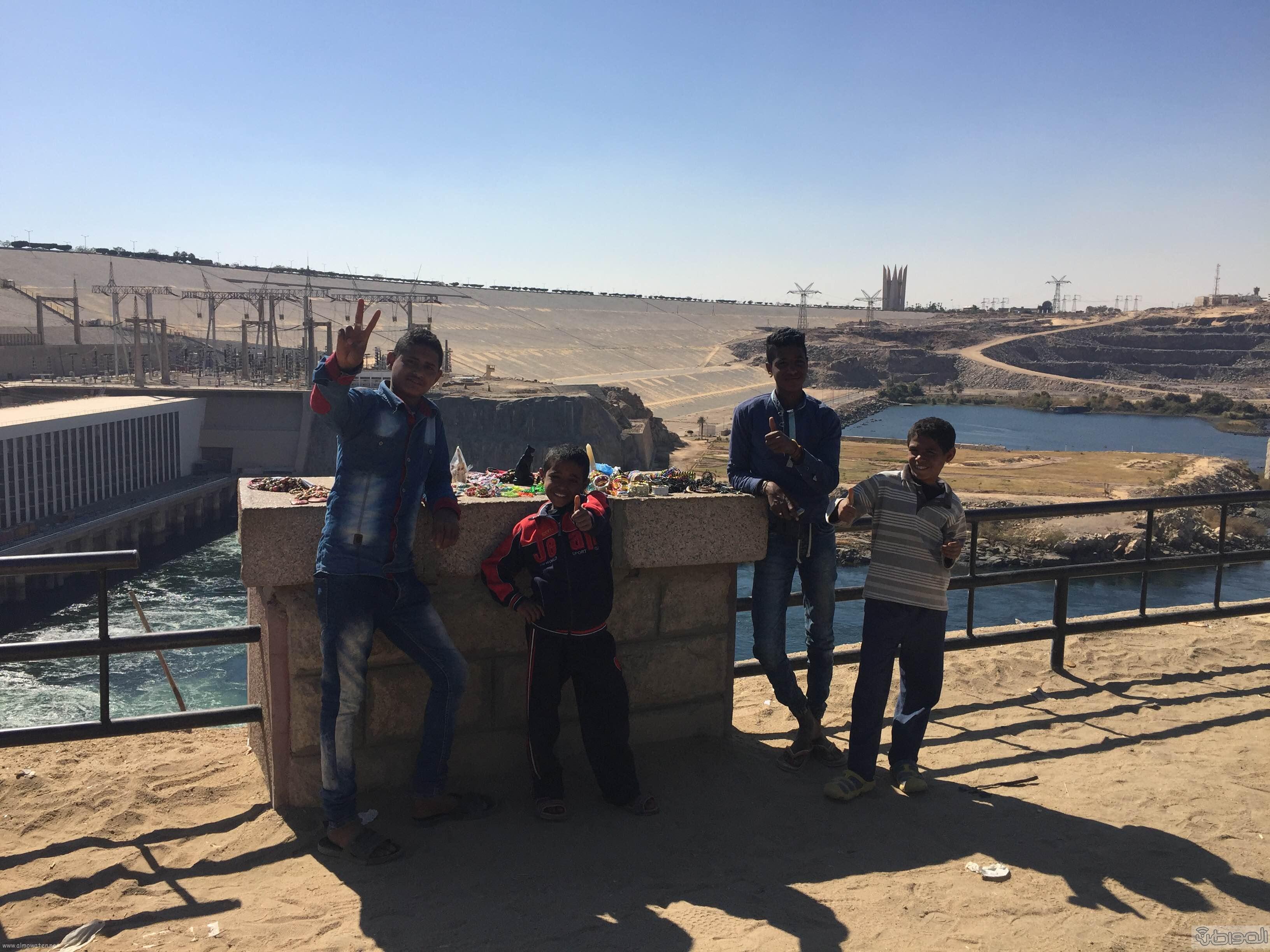 زيارة الاعلام السياحي لمعبد الفيلة والسد العالي باسوان (13)