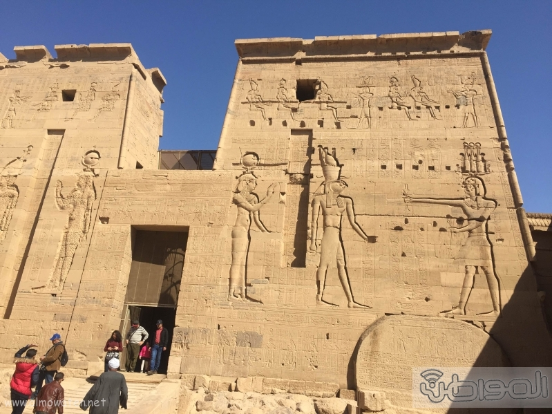 زيارة الاعلام السياحي لمعبد الفيلة والسد العالي باسوان (7)