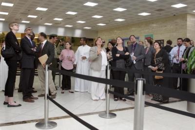 زياره وفد امريكي يزور الجوزات (30322591) 