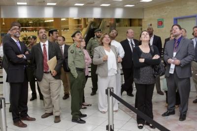 زياره وفد امريكي يزور الجوزات (30322595) 