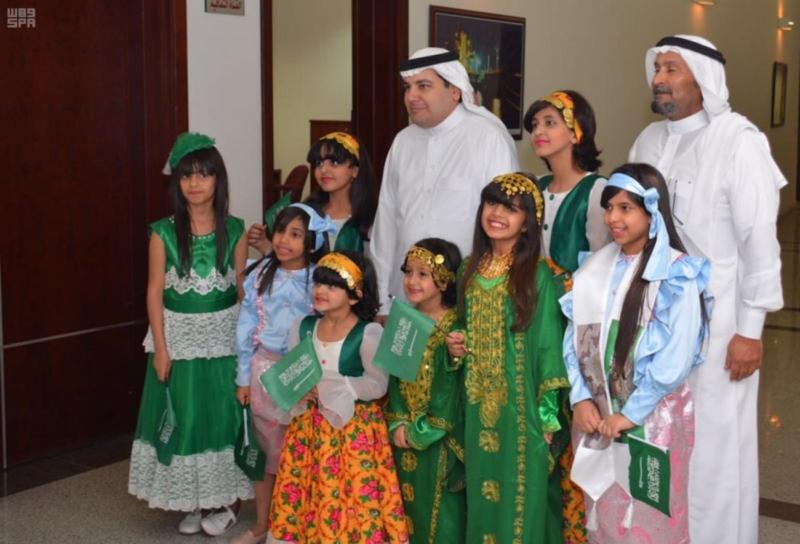 وزير الثقافة والإعلام يزور فرع الوزارة بالمنطقة الشرقية ومجمع التلفزيون بالدمام