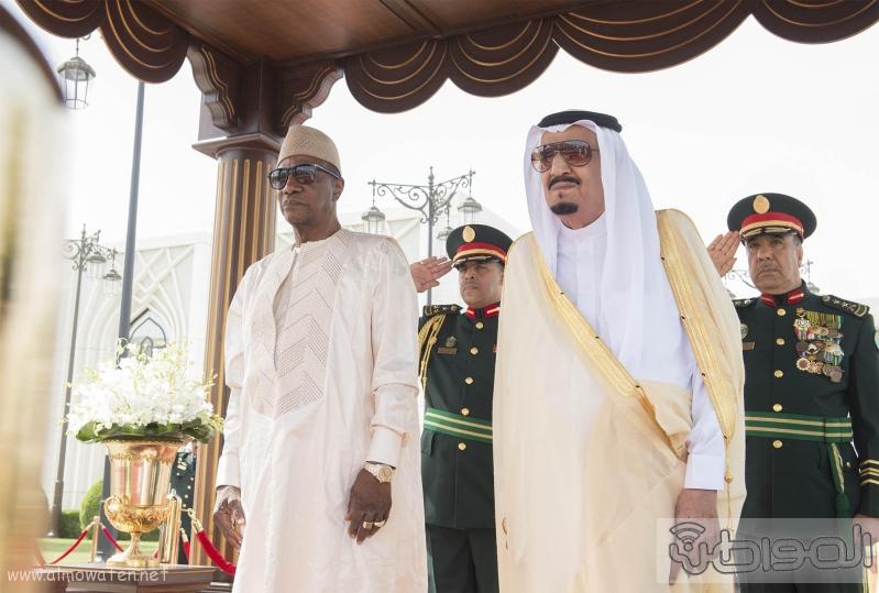 ستقبال خادم الحرمين الشريفين لرئيس جمهورية غينيا2