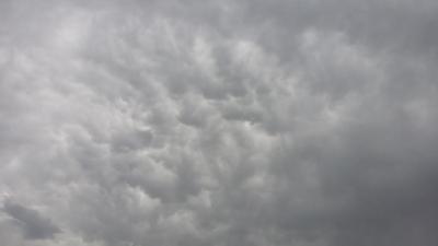 سحب الماماتوس تظهر بسماء وادي العرج (1) 