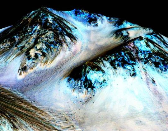 سطح-المريخ