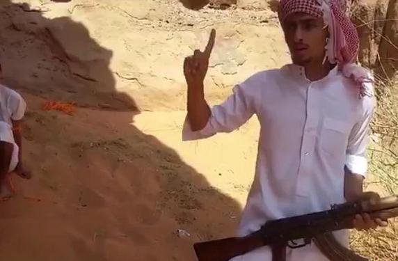 تغريدات إرهابي #الشملي تكشف تخطيطه لجريمة قتل ابن عمه - المواطن