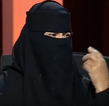 سعودية تسرد تفاصيل عقوق إبنها لها