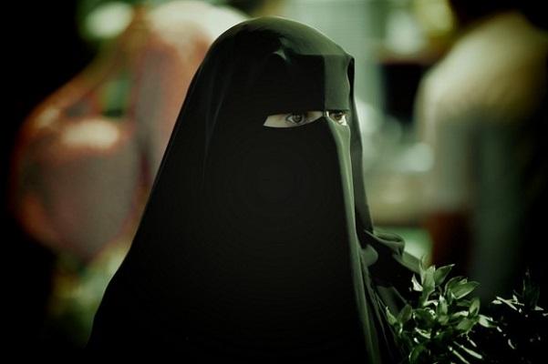 """سعودية تناشد نقل ابنتها لمركز متخصص في """"متلازمة داون"""""""