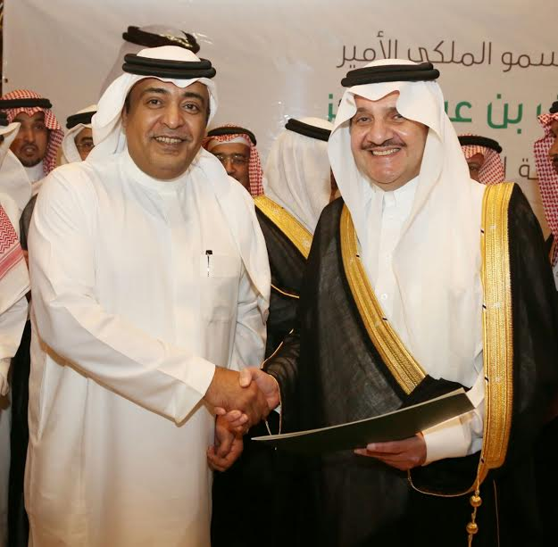 سعود بن نايفيرحب بالمبادرات النوعية التي تخدم المنطقة 3