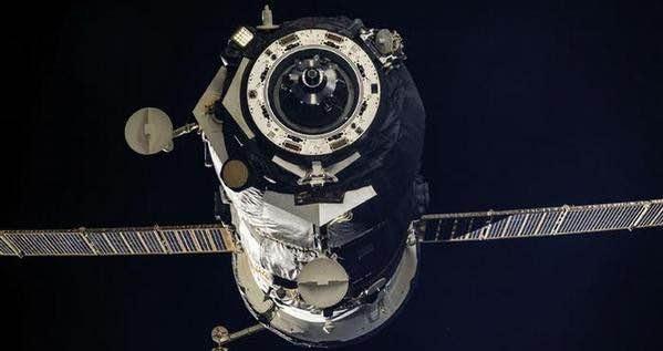 سفينة-فضائية-روسية