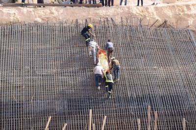 سقوط خزان ارضي يتسبب بوفاة وإصابات في عنيزة4