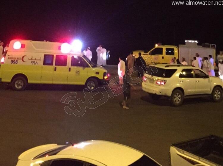 سقوط-سيارة-ببحيرة-بالجوف (2)