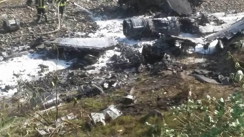 سقوط-طائرة-بحرينية-تابعة-لقوات-التحالف (7)
