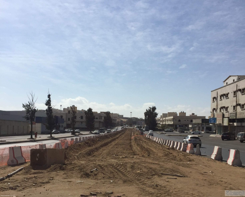 سكان خميس مشيط يعانون من تعثر المشاريع البلديه واهمها مشروع نفق المعارض (3)