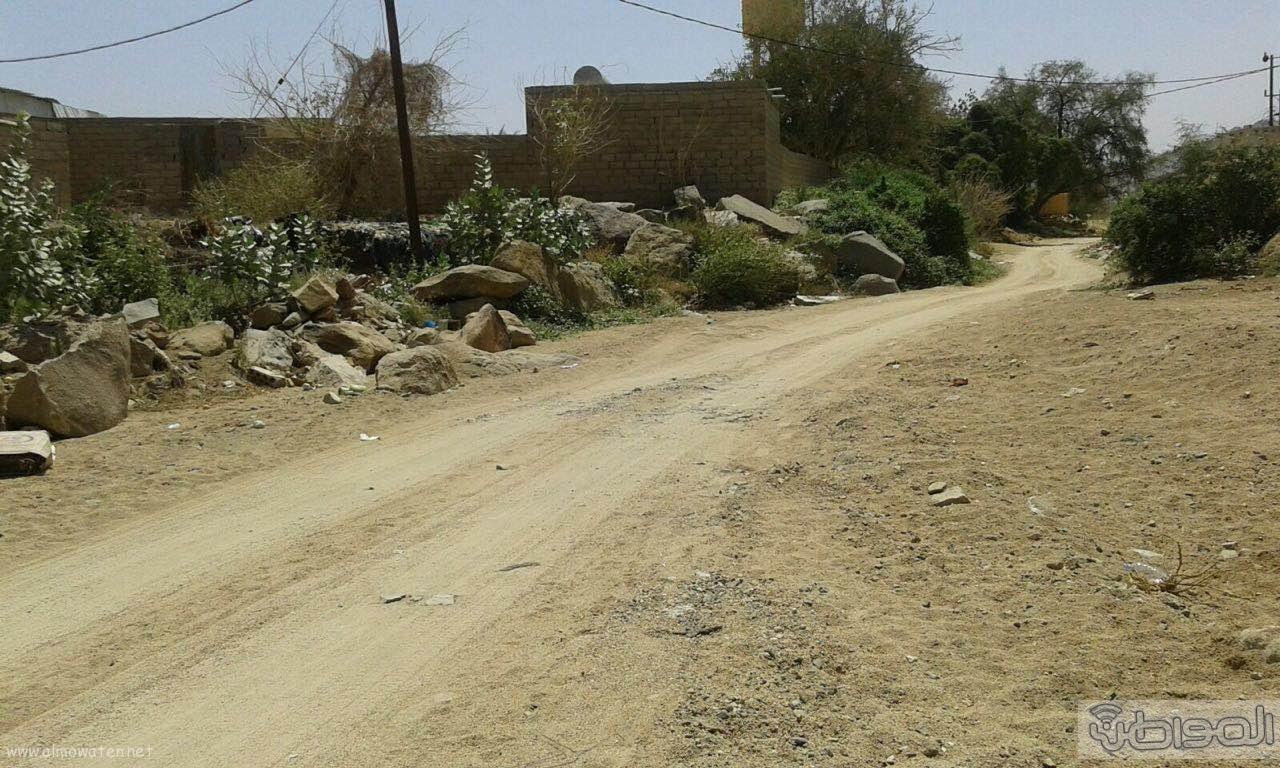 سكان قرية ال طارق بالعرضيات يشكون العزلة وغياب الخدمات البلدية (2)
