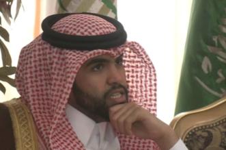 شاهد.. سلطان بن سحيم يقصف تنظيم الحمدين بفيديو الزعاطيط الهزل - المواطن