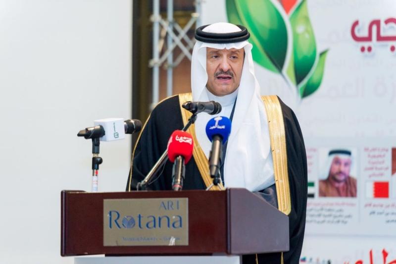 سلطان بن سلمان شخصية العام الخليجية الداعمة للعمل الإنساني (1)