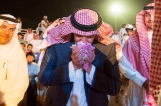 قصة 4 ساعات قضاها سلطان بن سلمان في مهرجان الورد الطائفي دون حراسة ! - المواطن
