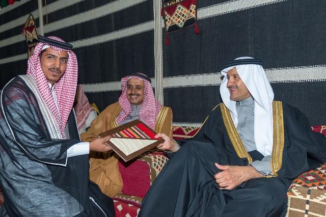 سلطان بن سلمان (2)