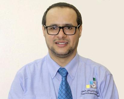 سلمان جابر ال مقرح القحطاني مدير العلاقات العامه والاعلام بالكليه التقنيه بالباحة