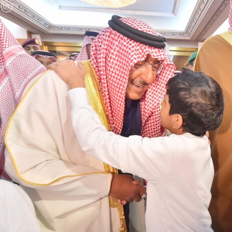 سمو ولي العهد يستقبل أبناءه أبناء شهداء الواجب من مختلف القطاعات الأمنية6