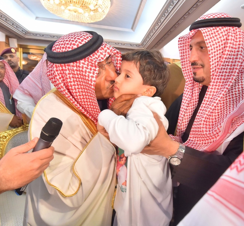 سمو ولي العهد يستقبل أبناءه أبناء شهداء الواجب من مختلف القطاعات الأمنية7