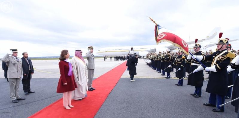 سمو ولي العهد يصل إلى جمهورية فرنسا في زيارة رسمية 7