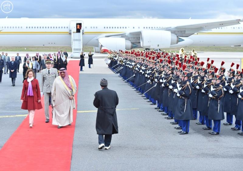سمو ولي العهد يصل إلى جمهورية فرنسا في زيارة رسمية