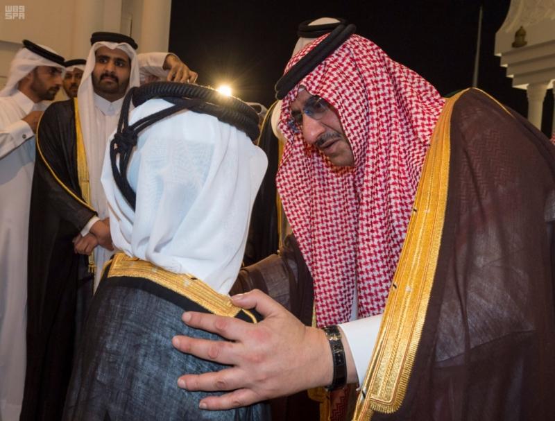 سمو ولي العهد يصل الى الدوحة لتقديم واجب العزاء (35914244) 