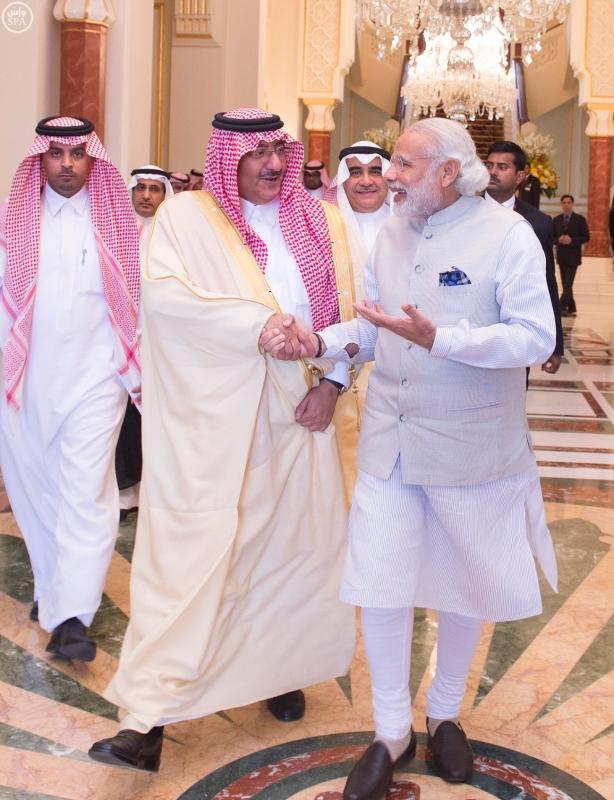 سمو ولي العهد يلتقي رئيس الوزراء الهندي 2