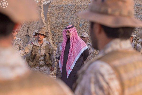 سمو ولي ولي العهد يزور المستشفى الميداني المتقدم للقوات المسلحة 2