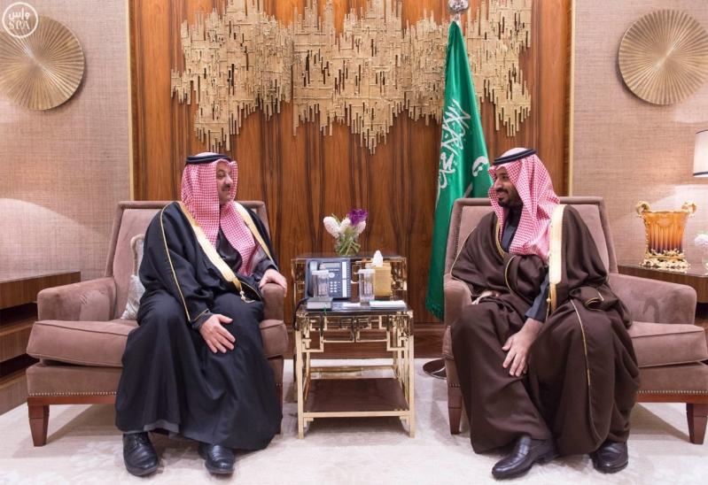 سمو ولي ولي العهد يلتقي وزير الدولة لشؤون الدفاع بدولة قطر ويبحثان عدداً من المسائل ذات الاهتمام المشترك