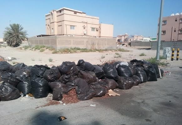سوء النظافة وكثرة المخلفات وأنبعاث الروائح