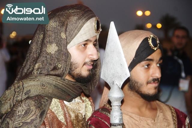 سوق عكاظ بمحافظة الطائف صوره لأحد المشاركين في جادة عكاظ (10)