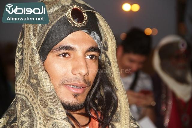 سوق عكاظ بمحافظة الطائف صوره لأحد المشاركين في جادة عكاظ (11)