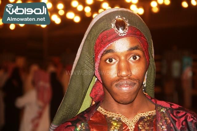 سوق عكاظ بمحافظة الطائف صوره لأحد المشاركين في جادة عكاظ (12)