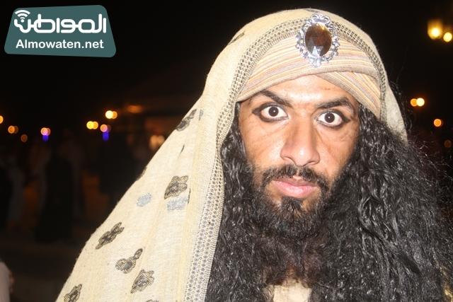 سوق عكاظ بمحافظة الطائف صوره لأحد المشاركين في جادة عكاظ (18)