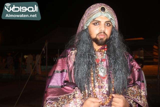 سوق عكاظ بمحافظة الطائف صوره لأحد المشاركين في جادة عكاظ (19)