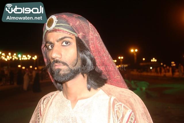 سوق عكاظ بمحافظة الطائف صوره لأحد المشاركين في جادة عكاظ (21)