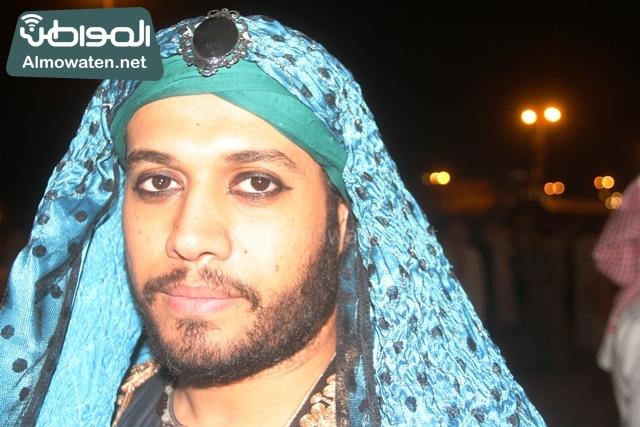 سوق عكاظ بمحافظة الطائف صوره لأحد المشاركين في جادة عكاظ (22)