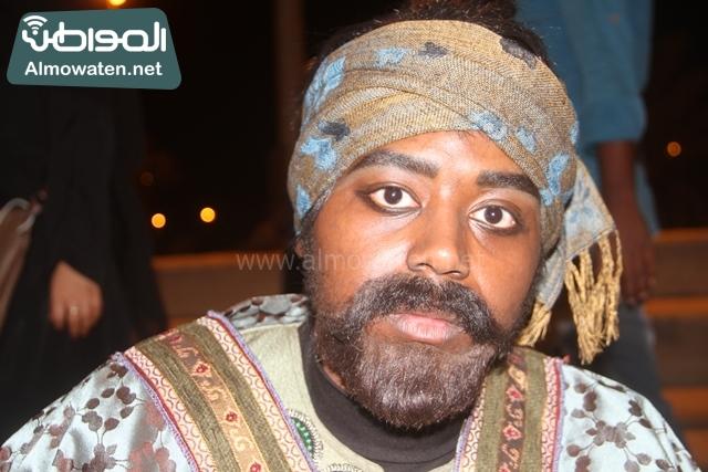 سوق عكاظ بمحافظة الطائف صوره لأحد المشاركين في جادة عكاظ (24)