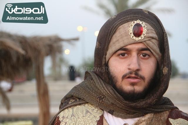سوق عكاظ بمحافظة الطائف صوره لأحد المشاركين في جادة عكاظ (5)