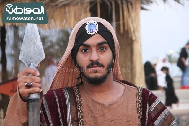 سوق عكاظ بمحافظة الطائف صوره لأحد المشاركين في جادة عكاظ (7)