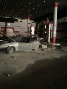 سيارة تصطدم بمحطة وقود ومدني حائل 1